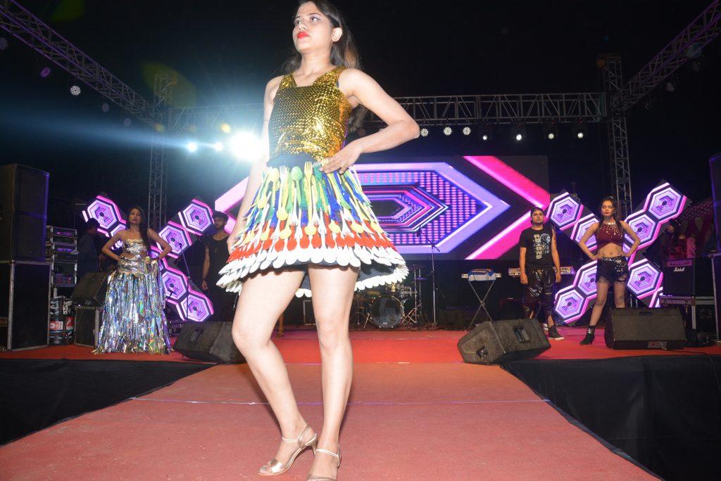 fashion_show2