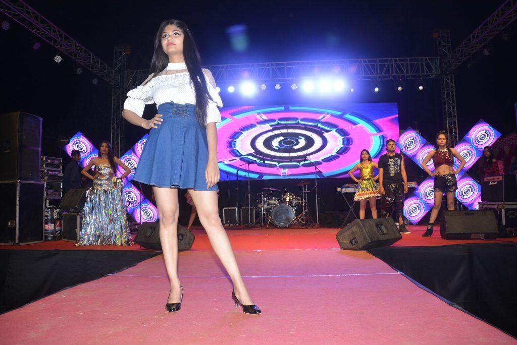 fashion_show3